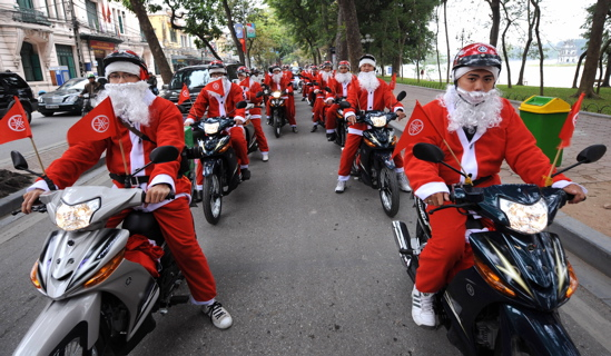 Motorcycle Santas.jpg