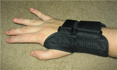 Carpal_tunnel_splint.jpg