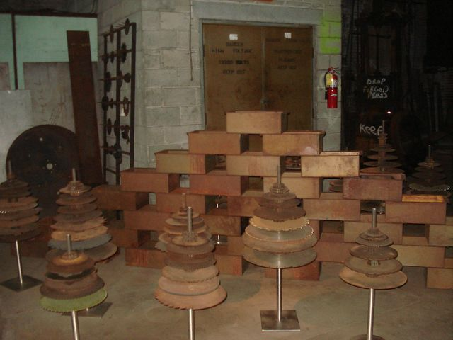 Gears and boxes [640x480].JPG